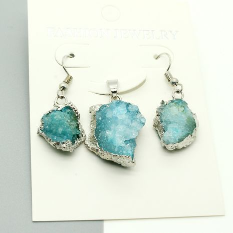 Hot selling fashion irregular natural stone crystal bud necklace earrings set wholesale NHGO260814's discount tags