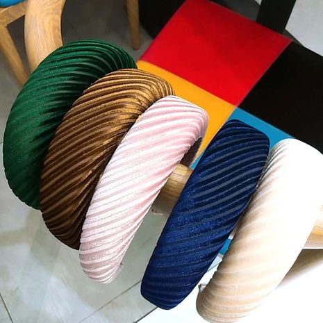 Hot selling fashion striped velvet sponge flat headband wholesale NHUX261288's discount tags