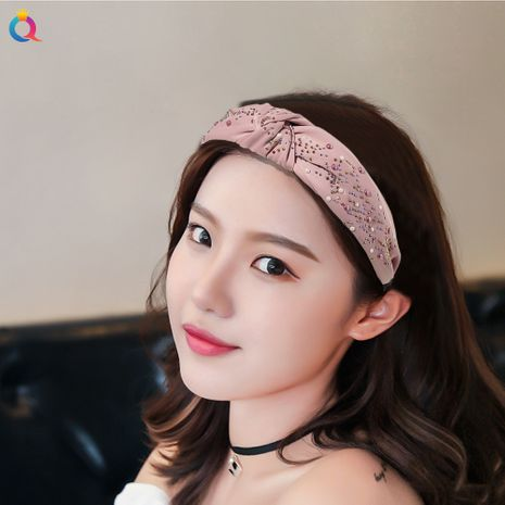 Hot-saling Color Diamond Fabric Knotted Retro Simple Plain Pressed Hair Non-slip Headband NHDM261321's discount tags