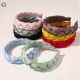 NHDM1140635-B58A-pinstripe-twist-headband-in-eight-colors
