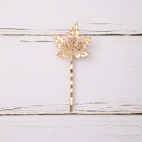 Korean simple versatile solid color maple leaf bangs clip  NHGY261389's discount tags