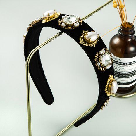 fashion new high-end flannel pearl  retro baroque alloy inlaid rhinestone headband NHLN261735's discount tags