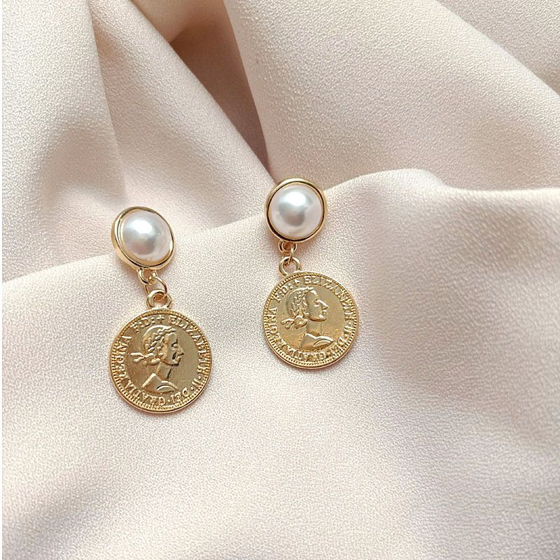 S925 Korean coin queen head retro pearl wild earrings  NHXI261993