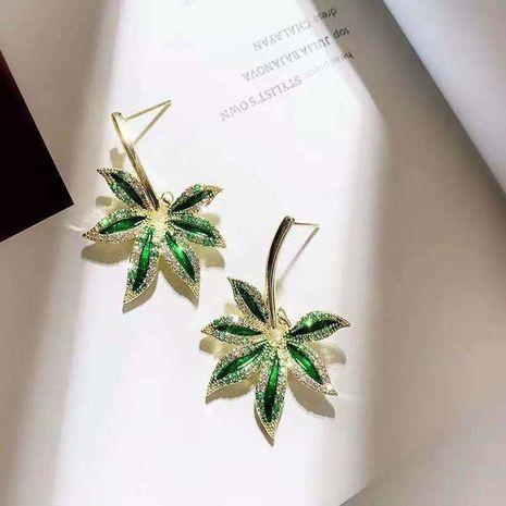 Mode Grüne Blattlegierung Diamant 925 Silber Nadeln wilde Ohrringe NHXI261996's discount tags