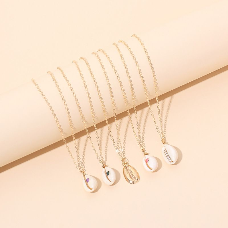 new colored diamond shell clavicle chain necklace for women NHRN262054