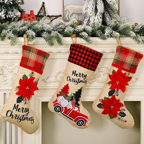 Décorations de Noël Chaussettes en lin à fleurs rouges Chaussettes pour personnes âgées de voiture de la forêt NHHB262254's discount tags