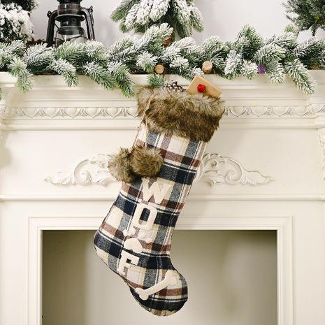 Décorations de Noël Chaussettes de Noël en tissu à carreaux avec os de chien NHHB262295's discount tags