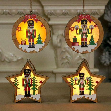 Soldado de nogal Colgante luminoso de madera Escena Decoración Árbol de Navidad Colgante pequeño NHMV262317's discount tags