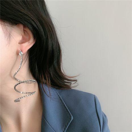 aretes largos en forma de serpiente con incrustaciones de diamantes y arco intermitente NHYQ262579's discount tags