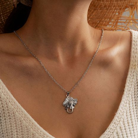 fashion new dense hole devil fish necklace all-match clavicle chain NHGY263123's discount tags