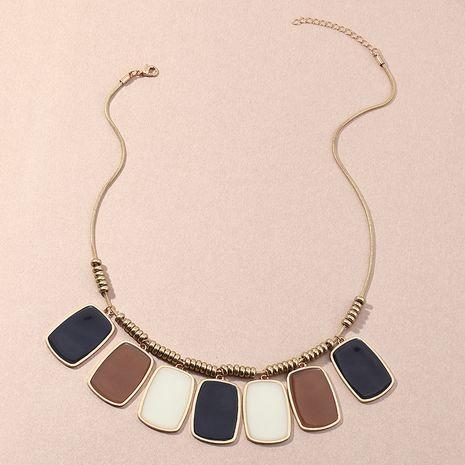 Nouveau collier goutte d'huile carré géométrique de style ethnique de mode pour les femmes NHNZ263150's discount tags