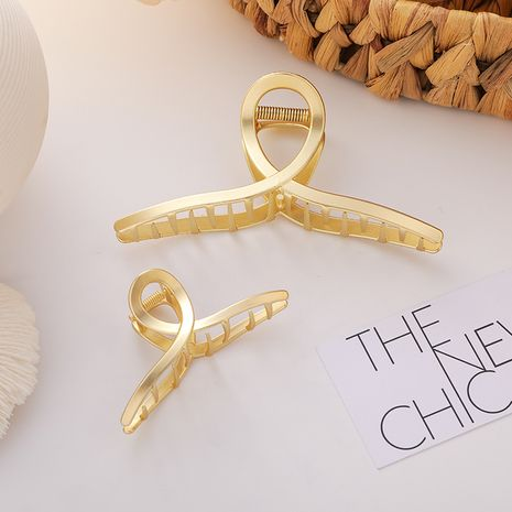 Metal shark clip half ball large bathing Korean head hair clip headdress NHMS263186's discount tags