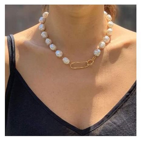 Fashion new golden pendant shaped pearl necklace for women hot-saling NHCT263196's discount tags