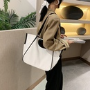 Autumn allmatch casual womens new trendy fashion simple largecapacity shoulder tote bag NHJZ263304