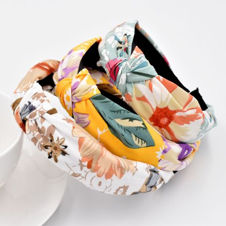 Korea's new Mori series beautiful flower headband hair headband wild wide brim fabric hair accessories NHCL263615's discount tags