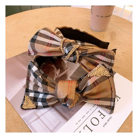 Korean sweet retro lattice Czech diamond bow wide-brimmed hair band jewelry NHHD263772's discount tags