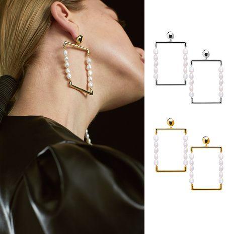 nouvelles boucles d'oreilles plaquées cuivre carrées d'épissage de perles baroques simples et à la mode en gros NHYQ252499's discount tags