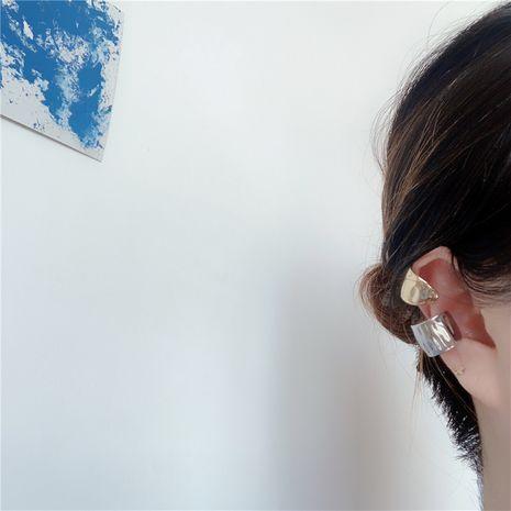 Mode métal rétro demi-cercle sauvage simple clip d'oreille indolore sans piercing boucles d'oreilles en alliage NHYQ252508's discount tags
