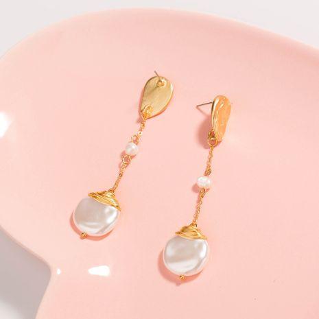 Nouvelle mode coréenne en forme d'or mat crochet d'oreille fil d'or boucles d'oreilles en perles baroques en gros NHAN252551's discount tags