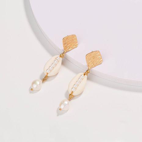 Boucles d'oreilles en perles de coquillage naturel blanc pur créatif de mode en gros NHAN252553's discount tags