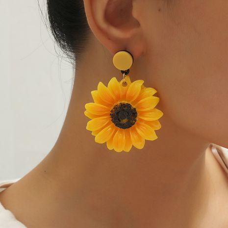 Boucles d'oreilles de fleurs exagérées sauvages de tournesol de la mode coréenne rétro pour les femmes NHKQ252741's discount tags