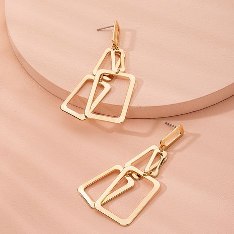 Boucles d'oreilles en alliage exagérées simples géométriques de mode pour les femmes en gros NHAI252773's discount tags