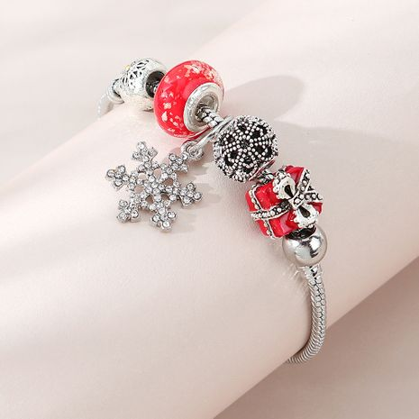 Christmas fashion creative snowflake Christmas gift bracelet wholesale nihaojewelry NHPS253040's discount tags