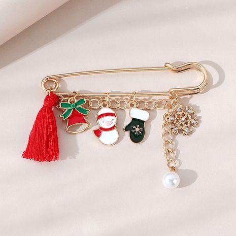 Weihnachten beliebte Linie Retro Strass Schneeflocke Brosche Großhandel Nihaojewelry NHPS253046's discount tags