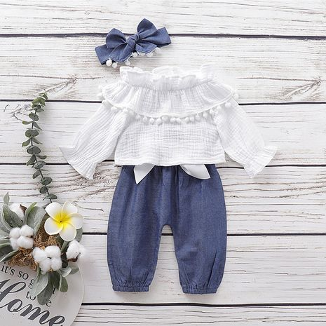 autumn baby two-piece suit long-sleeved round neck lace top solid color trousers headwear children's wear NHLF264366's discount tags
