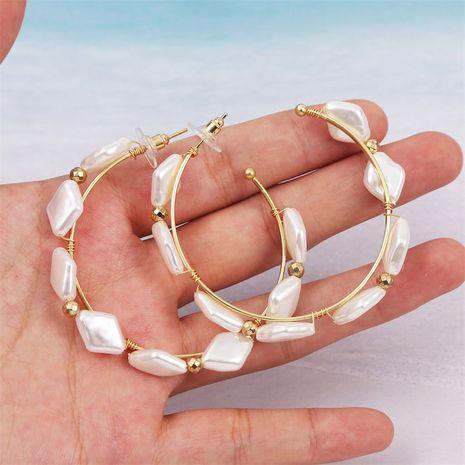 perles de forme géométrique boucles d'oreilles exagérées de perles en forme de C en gros NHLA253496's discount tags