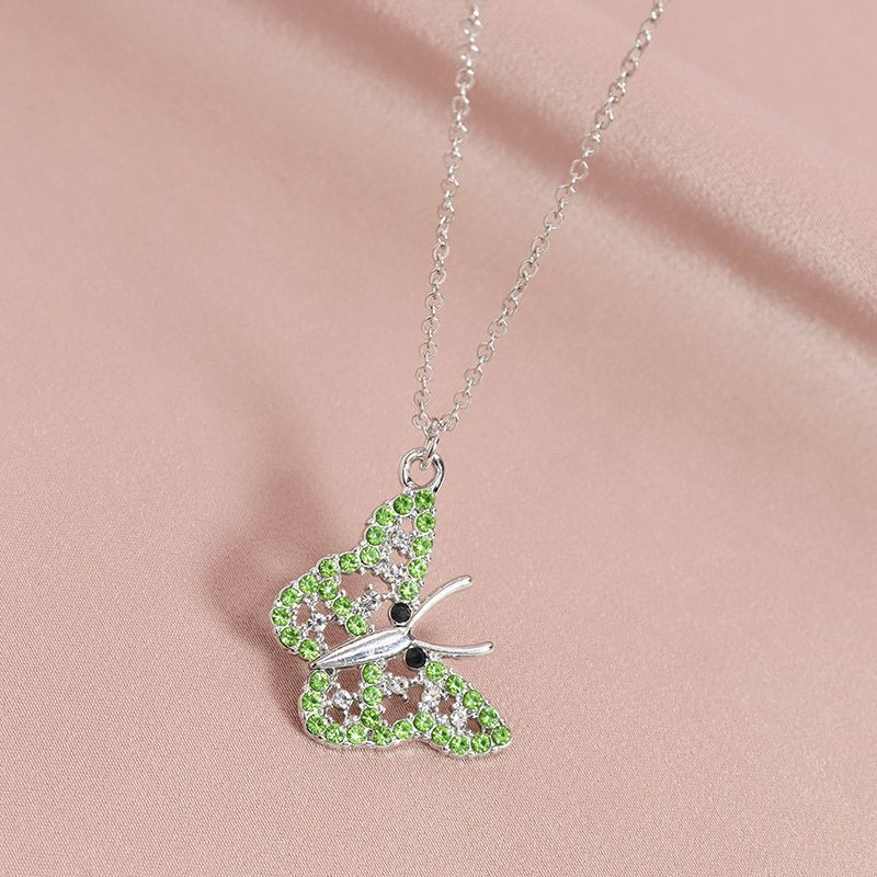 Fashion diamondstudded butterfly pendant womens necklace wholesale NHGU253573