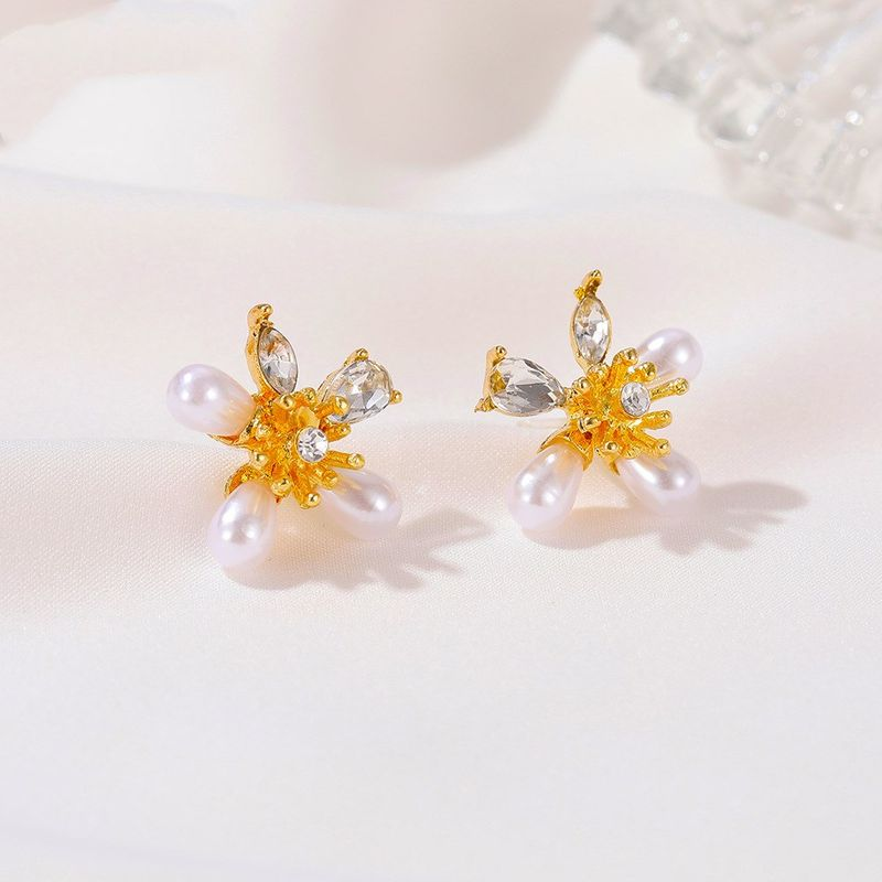 Beautiful pearl flower earrings sweet small fresh five petal flower earrings NHDP253080