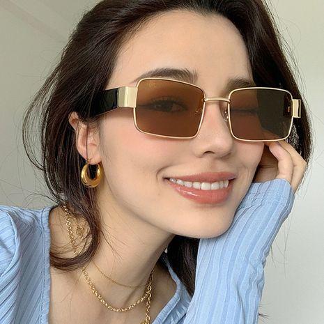 Gafas de sol cuadradas retro tide vibrato al por mayor NHKD253298's discount tags