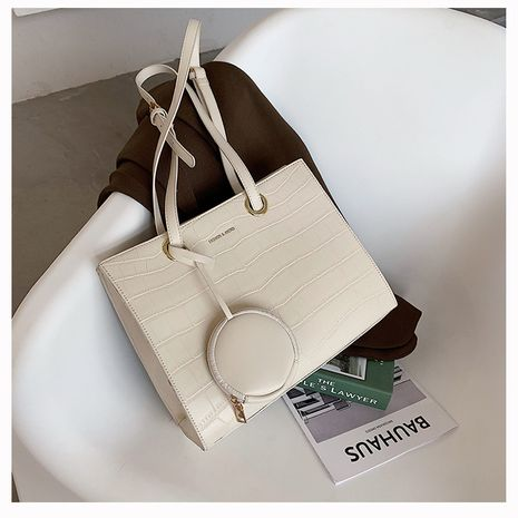 Large-capacity wild shoulder bag fashionable simple portable tote bag NHTC253899's discount tags