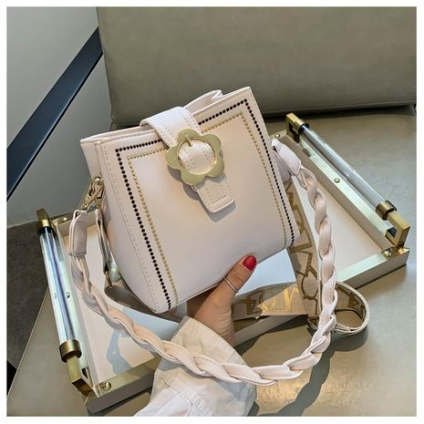 New trendy fashion wild  hand bucket bag NHTC253917's discount tags