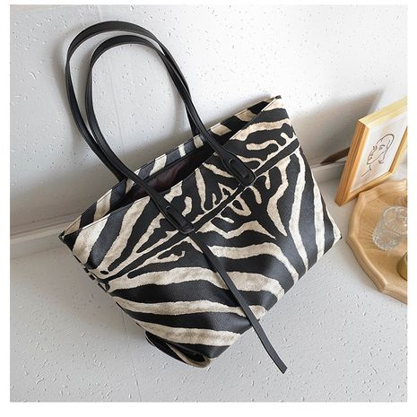 New trendy fashion wild large-capacity shoulder bag NHTC253957's discount tags