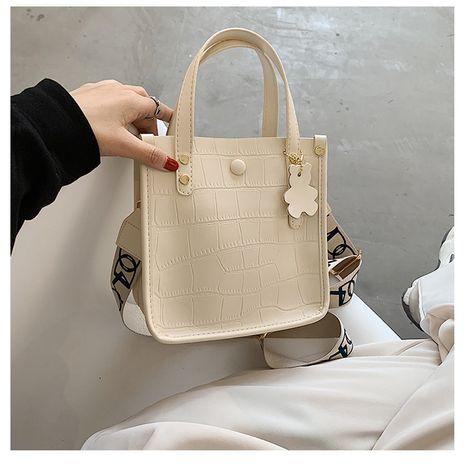 New tide crocodile pattern messenger bag small bag wild fairy large capacity handbag   NHTC253961's discount tags