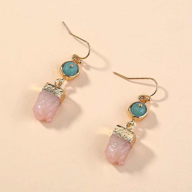 Hot-selling individuality irregular pink crystal cluster earrings  NHAN254013