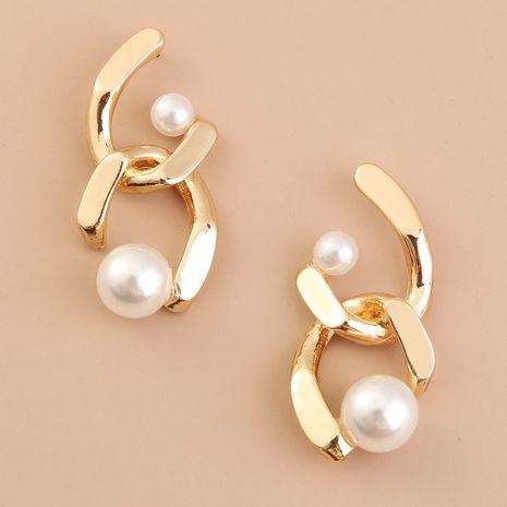 Pendientes de perlas barrocas de moda de metal simétrico de moda retro creativa al por mayor NHAN254189's discount tags