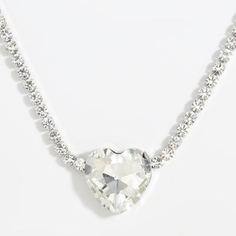 Super flashing chocker alloy diamond heart-shaped glass diamond pendant necklace wholesale  NHJE254824's discount tags