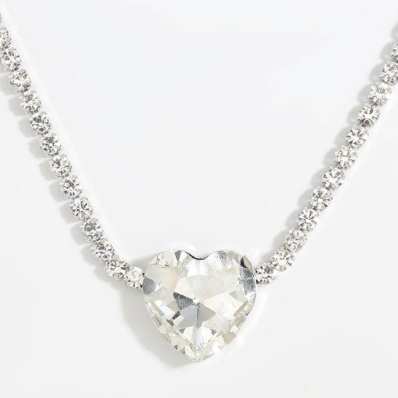 Collier pendentif diamant en verre en forme de coeur en alliage de chocker super clignotant en gros NHJE254824