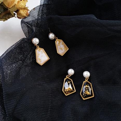 retro pearl irregular earrings  NHXI306552's discount tags