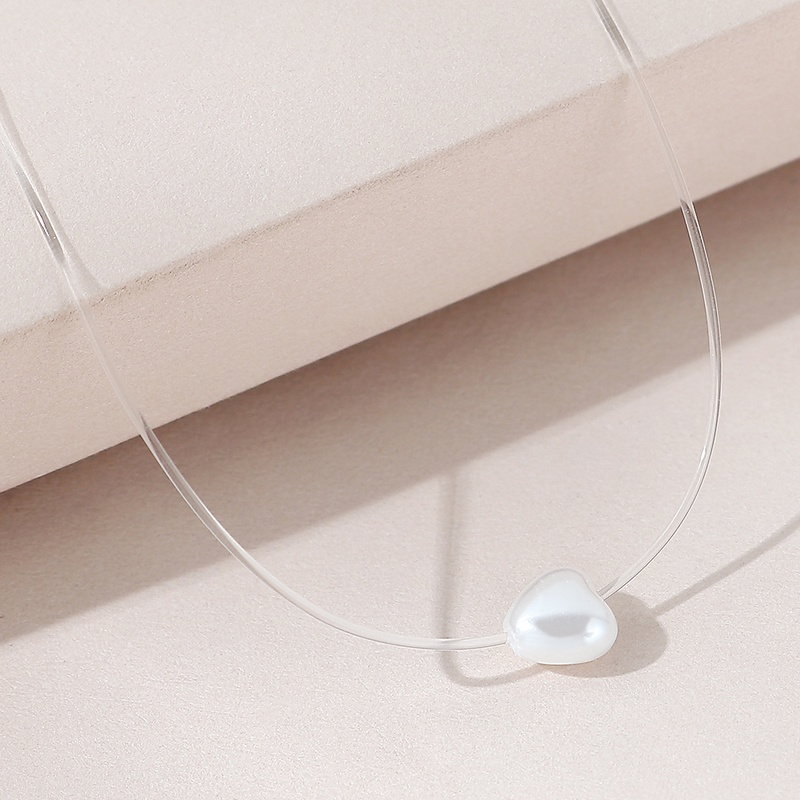 European and American simple retro fashion all-match temperament pearl peach heart necklace NHPS306751