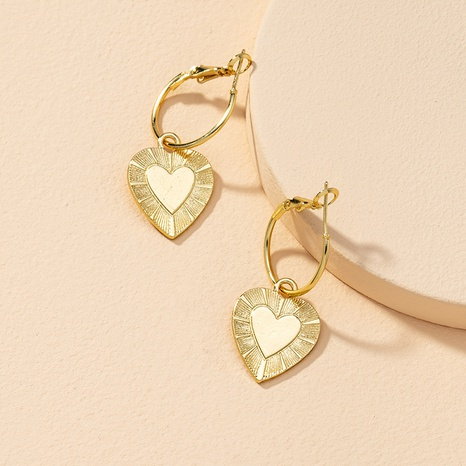 fashion metal heart retro earrings NHGU307051's discount tags