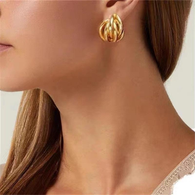 simple cross thread ear clip  NHYQ307787