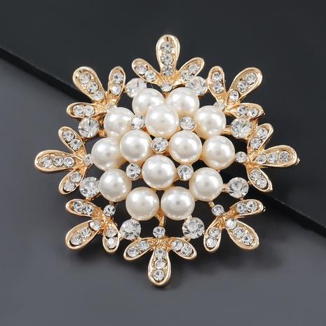 Broche flocon de neige perle incrustée de diamants en alliage NHJE307956's discount tags