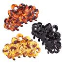 new three flowers medium plastic catch clip NHBE308216