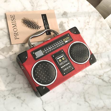 Umhängetasche mit Retro-Radiostichdruck NHRU308847's discount tags