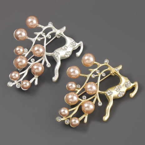 Broche élan de Noël en alliage simple de perles de diamant NHJE309170's discount tags