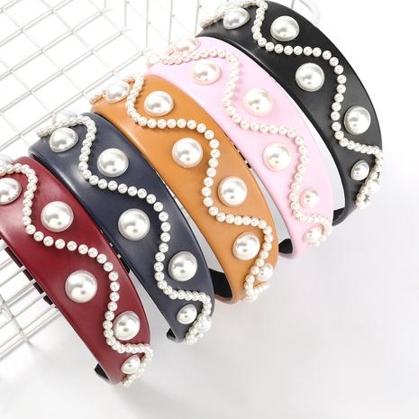 Koreanische Mode einfarbig Kunstleder Wellenmuster Musterimitat Perlen Stirnband NHJE309188's discount tags